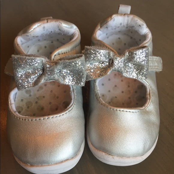 Carters Toddler 35 Silver Mary Janes